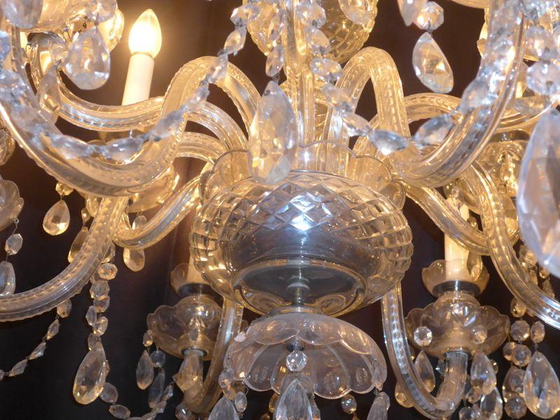 lustre a pampilles en cristal de boh me antiquit opio. Black Bedroom Furniture Sets. Home Design Ideas