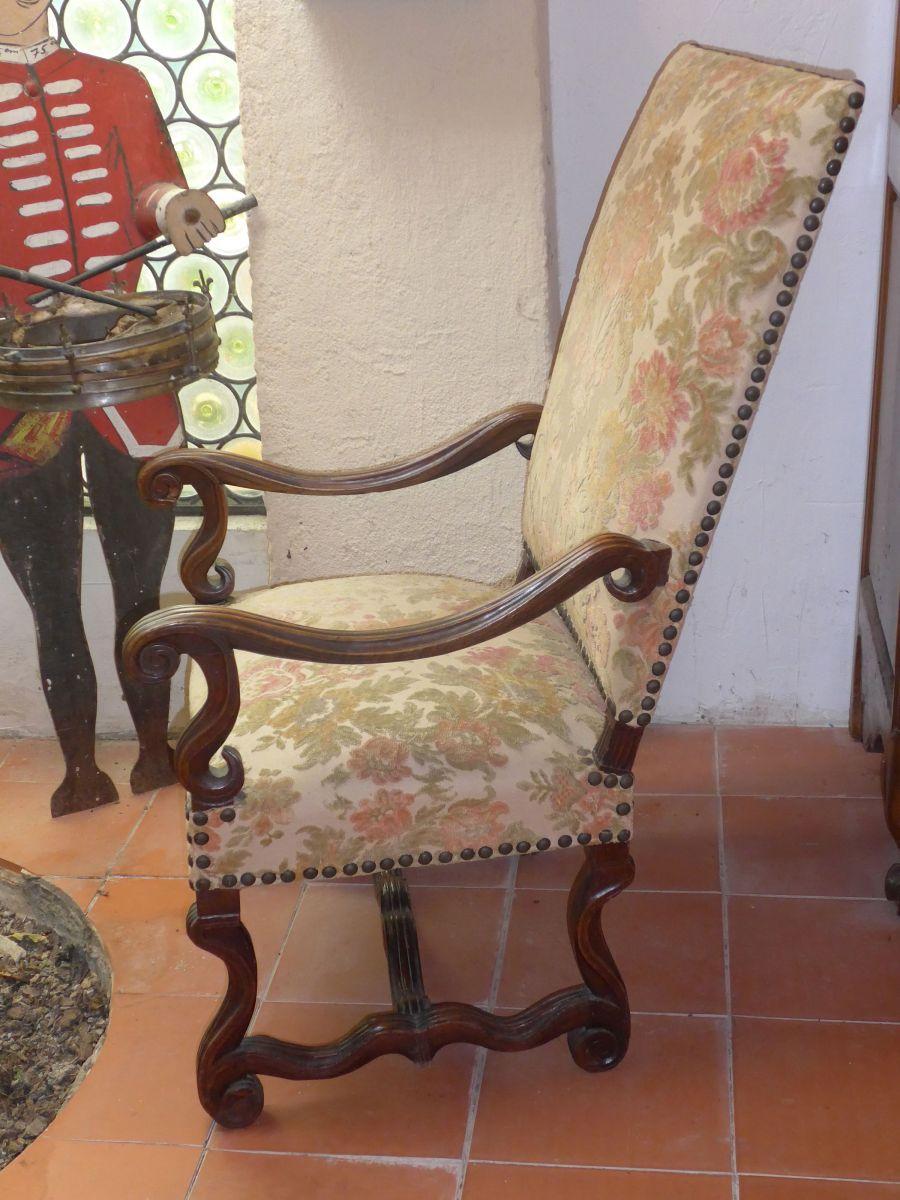 fauteuil louis xiii max min. Black Bedroom Furniture Sets. Home Design Ideas